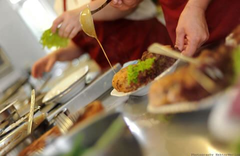 Biznesowa sesja zdjęciowa dla restauracji Oaza - Wielowieś